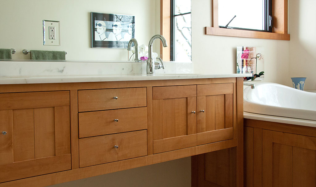 Residential architecture for Arts and crafts style bathroom design